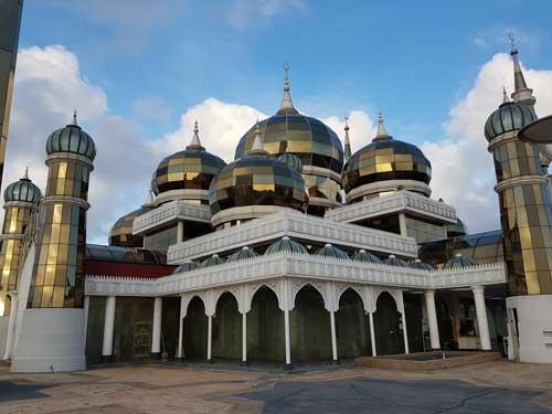 Masjid Kristal Kuala Terengganu Percutian Bajet