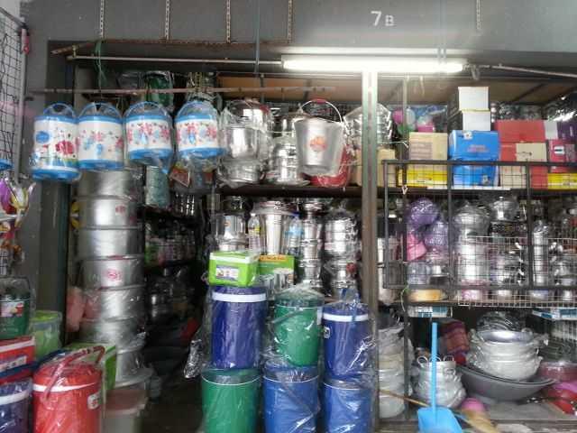 Kedai Menjual Peralatan Dapur
