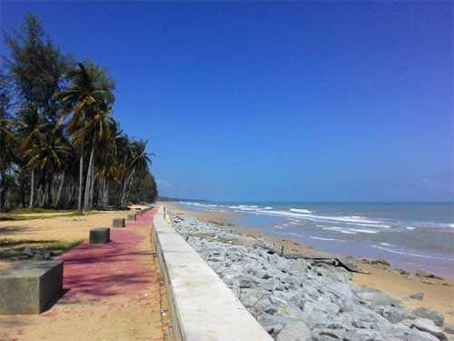 Pantai Tok Bali Kelantan